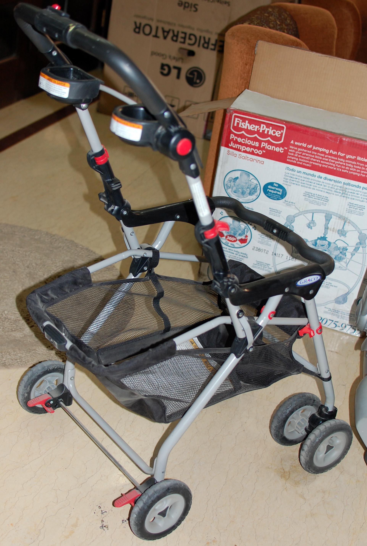 graco snugride 35 infant carseat snap and go stroller tata delhi. Black Bedroom Furniture Sets. Home Design Ideas